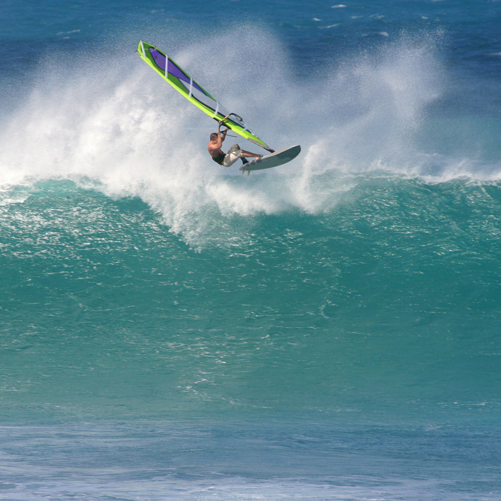 Windsurfing wave